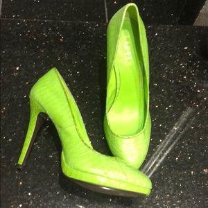 b0c4dc7fcbf Bright lime green Ralph Lauren shoes size 9 BNWT